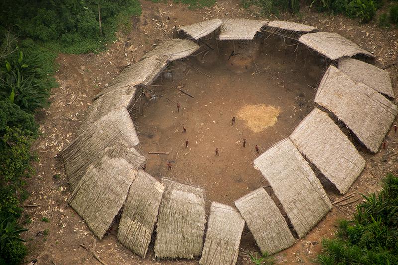 Povos indígenas isolados estão ameaçados por quase 4 mil requerimentos minerários