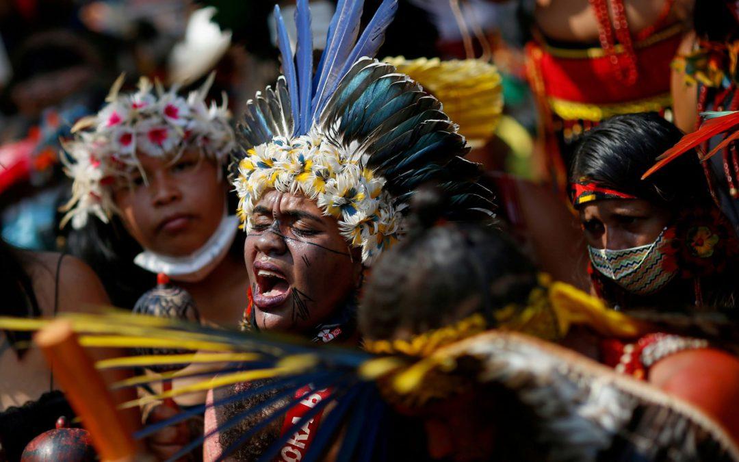 Terras de indígenas isolados estão prestes a perder proteção legal da Funai e a cair nas mãos de invasores