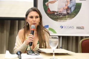 """""""Litoral catarinense está salvo"""", diz Paulinha após empresas não se interessarem por exploração de petróleo"""